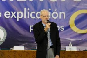 Ben Clausen, Mg. en Geología y doctor en Física