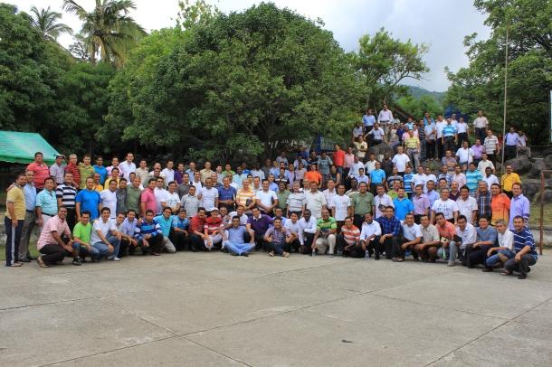 El cuerpo ministerial de la UCN cuenta con 197 pastores que trabajan para los 8 campos locales del territorio