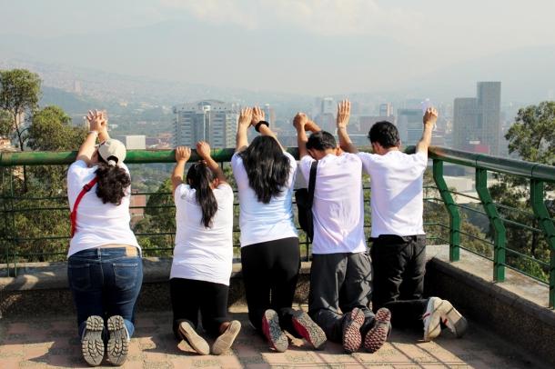 Un grupo de adventistas intercede por Medellín el pasado 2 de marzo