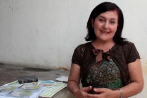 Luz Marina dice que su tiempo y amor es lo mejor que puede dar para que las personas con discapacidad visual conozcan de Jesús