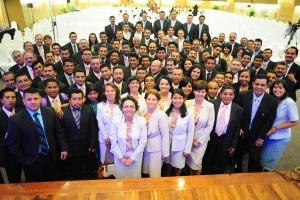 Cientos de los principales colportores de toda Interamérica se reunieron del 28 al 31 de mayo de 2014 para el congreso de colportaje más grande del territorio [Foto: Dania Aragon/IAD]