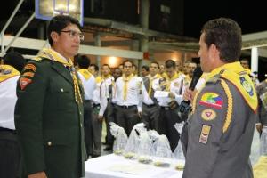 El pastor Mauricio Buitrago presenta oficialmente, al pastor Benjamín Carballo, los clubes de pastores de la UCN