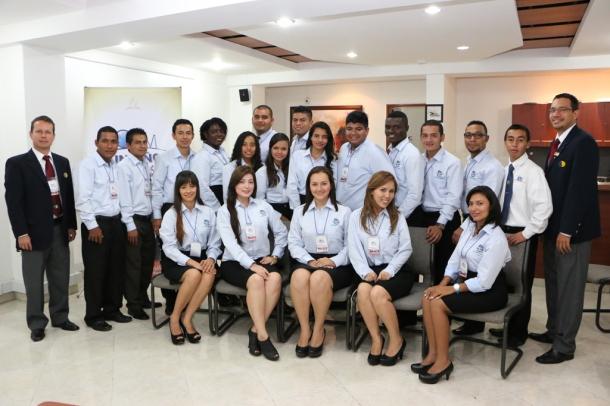 18 jóvenes adventistas de la UCN iniciaron el pasado 30 de enero la  tercera fase del proyecto OYIM - Un Año en Misión