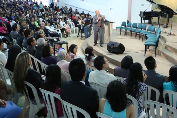 La Universidad Adventista de Colombia celebró el retiro anual del personal docente,  y se unió a la iniciativa del Seminario de Enriquecimiento Espiritual que se desarrolla hace casi una década en Sudamérica