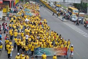 6000 adventistas marcharon promoviendo la Salud Integral por principales vías de la ciudad