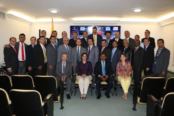 Miembros de la junta de la Unión Colombiana del Norte celebran uno de los últimos encuentros                                             del quinquenio 2010-2015. La reunión se desarrolló en Medellín los días 25 y 26 de mayo