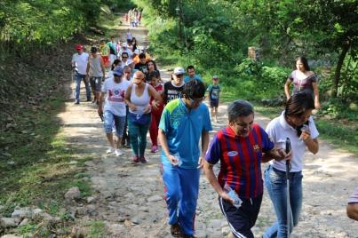 Los acampantes se unieron al evento EYE RUN, una caminata anual que se realiza en Estados Unidos y que recauda fondos para apoyar a personas con discapacidad visual
