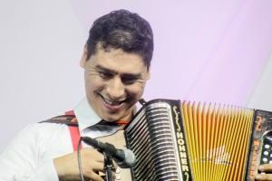 Wilfredy Arciniegas, interpretó un medley con su acordeón. Su presentación fue la ganadora en la categoría 'Mejor ejecución musical en diferentes instrumentos'