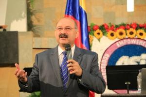 Karnik Doukmetzian, Asesor Legal General para la Iglesia Adventista participó en la primera Convención de Abogados Adventistas de Interamérica. [Foto: Camilo Rodríguez]