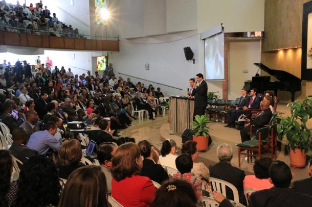 Una importante representación de empresarios, profesionales y líderes de la Iglesia Adventista de interamérica, se reunieron en Medellín para la XV Convención Anual de ASi, del 17 al 20 de agosto de 2016 [Fotos: Camilo Rodríguez/Daniela Arrieta]